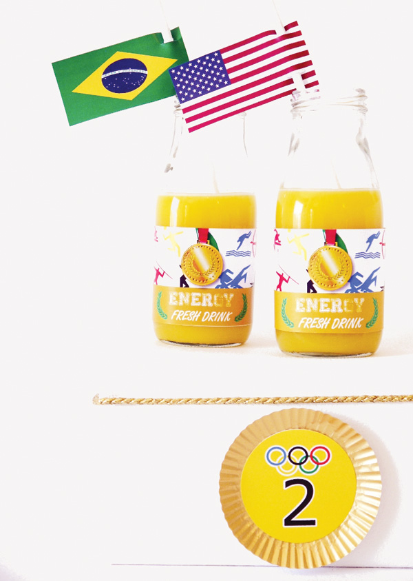 olympics-party-gold-cupcake-liners